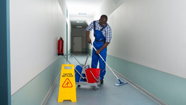 Commercial cleaning services for the healthcare sector